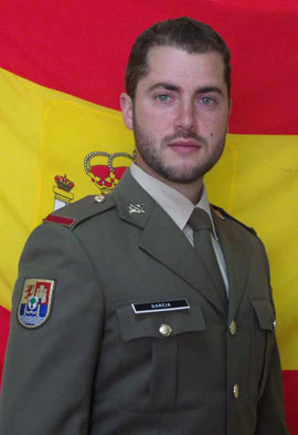 """Un soldado español muere en un accidente de tráfico en Líbano durante una misiónOtros tres militares salvadoreños, que viajaban en el vehículo """"Lince"""" siniestrado resultaron heridos"""