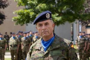 TENIENTE GENERAL ALFREDO RAMÍREZ JEFE DEL EUROCUERPO «Quiero aumentar la capacidad operativa todo lo posible»