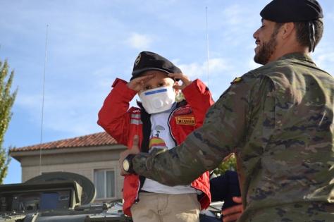 El niño con la boina negra de la Unidad (Foto:BRIAC XII)