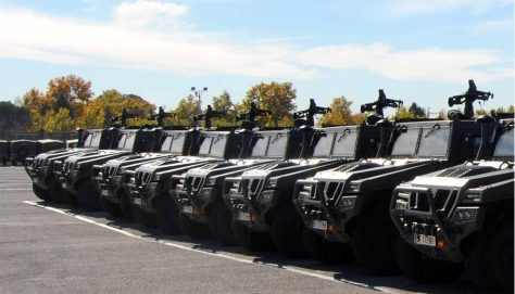 El Ejército de Tierra aumenta, en más de un centenar, su flota de vehículos tácticos