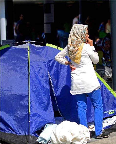 Muchas mujeres han llegado a Europa (en la imagen, Budapest) huyendo de la guerra en Siria