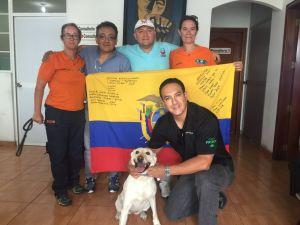 Dicho dispositivo estaba compuesto por unidades caninas Método Arcón de Bomberos del Grupo Especialista en Rescate Canino en Catástrofes Método Arcón (GERCCMA), Bomberos para el Mundo, Brigada Patria Núm.9 y Grupo de Intervención y Rescate (GIR), estas dos últimas del Ejército y Policía ecuatoriana respectivamente.